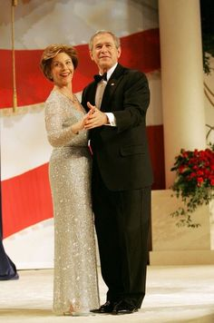 President George W. Bush and Mrs. Laura Bush dance together during the Commander in Chief Ball, January at the National Building Museum in Washington, D. Laura Bush, Barbara Bush, Presidents Wives, American Presidents, George Walker, Bush Family, American First Ladies, Looking Dapper, Famous Couples