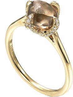 Signature Ring in yellow gold   #uniquering #ditrbridal