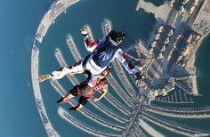 Skydive dubai! wanna go so bad!