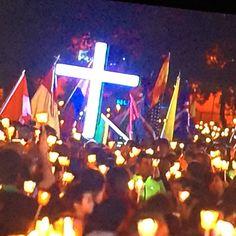 12th May Candle Procession in The Sanctuary of Fatima  #fatima #Portugal http://www.hoteldg.com/en/hotel