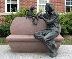 Jim Henson and Kermit statue at the Adele H. Stamp Student Union at the University of Maryland, College Park