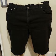 DG2 black 5 pocket denim shorts Cotton rayon polyester spandex blend denim shorts. Jeans have 5 pockets and silver stud embellishments. Inseam 12 inches. Brand new without tags and never worn. Diane Gilman Shorts Jean Shorts
