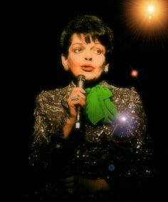 Judy, shines at Carnegie Hall Classic Movie Stars, Classic Movies, Judy Garland Liza Minnelli, Diva E, Valley Of The Dolls, Wizard Of Oz, The World's Greatest, Beautiful Things, Carnegie Hall