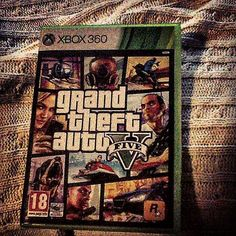 🇪🇳#tbt to the day I've got this great game... 112 weeks ago though... Which one of the #Gta is your favorite? 🚗🏃 .➖➖➖➖➖➖➖➖➖➖➖➖➖➖➖➖➖ 🇪🇸#grandtheftautov cumple 112 semanas hoy... Cuál de todos es tu favorito? 🚗🏃 . . . . .👇👇👇👇👇ignore these 💩💩💩👇👇👇👇 #gtav #gtavonline #vidadeungamer #gameon #gaminglife #xbox #xbox360 #xboxone #112weeks #videogames #videojuegos #sandbox #openworld #gamecollection #gamecollector #memories #nerd #geek