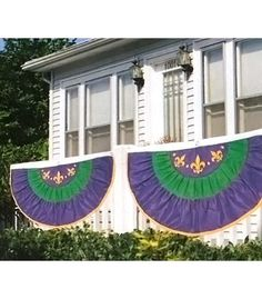 Mardi gras bunting- perfect decoration for porch/deck railing