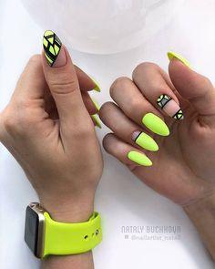 Neon nails – the flagship and colorful trend of summer 2019 – neon nail art Neon Yellow Nails, Neon Nail Art, Yellow Nails Design, Yellow Nail Art, Neon Nails, Pink Nails, My Nails, Bright Nails, Acrylic Nail Designs