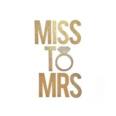 Miss to Mrs Banner Sign // Bridal Shower Banner // Bachelorette Party Decorations // Engagement Party Decor
