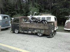 Source : spiral70 Hot Rod Rat Rod Chopper Bobber Cafe Racer Kustom Kulture babes