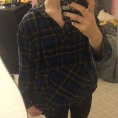 Cute flannel like hoodie sweater Make me an offer! 😊⬇️😊⬇️😊⬇️😊I will always counter with my lowest. Please do not discuss price over comments. Im happy to answer any other questions!  Bundle and save!   🕶🕶🕶🕶🕶🕶🕶🕶🕶🕶 Condition: Gently used. No flaws! Other: comfortability rate 10/10 Ships to you same or next day! Forever 21 Sweaters