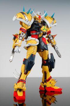 gunjap:   [Kings Toyland] MG 1/100 Strike Gundam... - HighlandValley