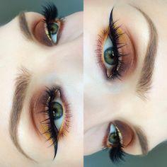 orange eye make up, winged eyeliner, yellow eyeliner Pretty Makeup, Love Makeup, Makeup Inspo, Simple Makeup, Makeup Goals, Makeup Tips, Beauty Makeup, Makeup Ideas, Makeup Meme