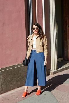 NEWS&TRENDS 17.5.2016... Leave It to a New Yorker to Create the Most Minimally Chic Approach to 9-to-5 Dressing