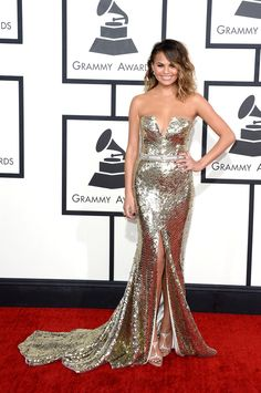 Chrissy Teigen | Fashion On The 2014 Grammy Awards Red Carpet