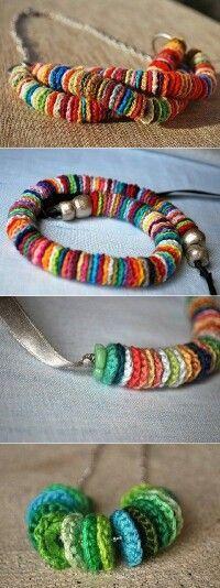 Collares de crochet, se pueden añadir perlitas.