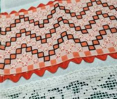 Bordado em tecido xadrez - Amostra de Bordado (Detalhes sobre o bordado... Visitar)