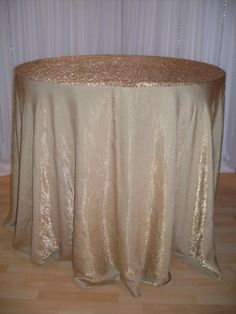 Gold Crinkle linen #linen #chairdecor #linenfactory #event #finelinen