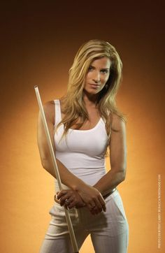 Jennifer Barretta - Professional Pool player and is so beautiful to watch play mmm