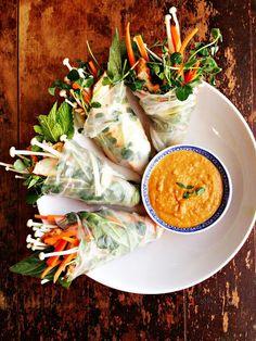 Grilled Thai Salad Rolls with Enoki Mushrooms & Peanut Sauce #veggielove