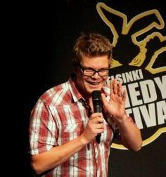 Alumnus Heikki Vilja has reached his career goals as successful stand-up comedian. Gigs and more http://heikkivilja.fi Photo: Hannu Silvennoinen