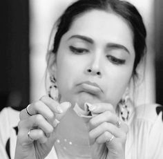 Cute Bollywood Cinema, Bollywood Stars, Bollywood Fashion, Bollywood Actress, Deepika Ranveer, Deepika Padukone Style, Shraddha Kapoor, Aishwarya Rai, Indian Celebrities