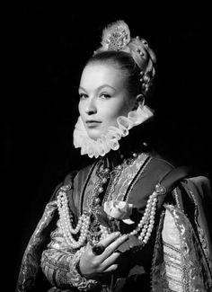 """Marina Vlady - """"La princesse de Clèves"""" (1961) - Costume designers : Marcel Escoffier & Pierre Cardin"""