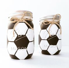 Soccer mason jar, soccer gift, birthday, sports nursery, soccer c Soccer Room, Soccer Baby, Soccer Sports, Soccer Centerpieces, Party Centerpieces, Soccer Birthday Parties, Kids Birthday Gifts, 24 Birthday, Father's Day