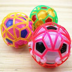 Ledライトジャンピングボール子供クレイジー音楽サッカー/跳ねるボール/ダンスボール/サッカー子供の面白いおもちゃクリスマスギフト