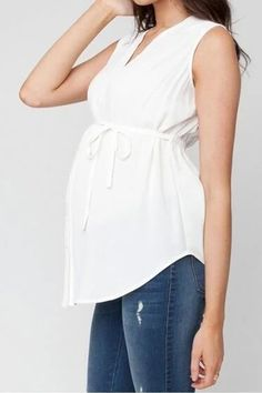 The v neck adjustable waist maternity clothes for summer is so casual and it is a good choice of fashion . fashion summer V-neck Adjustable waist maternity clothes for office work summer pregnant tops Maternity Work Clothes, Cute Maternity Dresses, Nursing Clothes, Stylish Maternity, Maternity Tops, Maternity Fashion, Pregnancy Fashion, Cute Work Outfits, Stylish Outfits