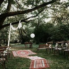 Szertartás az öreg tölgy alatt 🌳 ......#chetres #weddingdecor #ceremony #forestwedding #weddinginthewoods #weddinginhungary #hungaryanwedding #oldoak #rugs #folkvibes #folkwedding #eventhire #weddinghire #weddingdecoration #weddininspiration #esküvő #erdeiesküvő #szertartás #esküvődekoráció #esküvőidekor #sacimiwedding Wedding In The Woods, Forest Wedding, Outdoor Furniture, Outdoor Decor, Hungary, Wedding Decorations, Park, Rugs, Instagram
