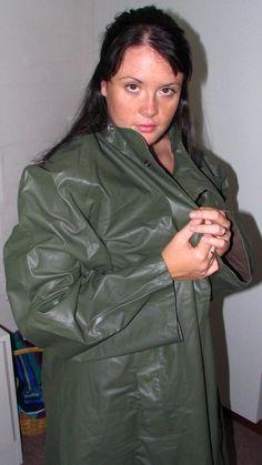 Pretty Girl in SuperSexy Green Rubber Raincoat (Green Rubber Raincoat) Green Raincoat, Pvc Raincoat, Plastic Raincoat, Adele, Rain Cape, Latex Babe, Rubber Raincoats, Raincoats For Women, Rain Wear