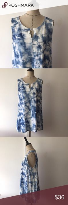 🚨TAKE 50% OFF🚨 Lysse blue and white tank top Blue and white tie dye like tank top with peep hole. Great condition. Length in front approx 24 in front and 27 in back. Pit to pit approx 20 lysse Tops Tank Tops