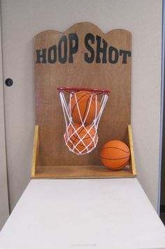The object of this game is to get all 3 balls into the hoop.