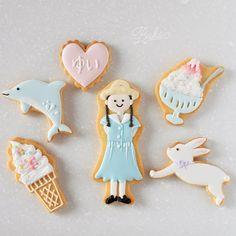 ° ° Gift icing cookies for girl :-) ° 幼稚園で仲良しのお友達へプレゼントしたい、とのご依頼でデザイン&制作しました ハートにはそれぞれの名前を入れて。 夏っぽく、小さな子にも分かりやすいイメージで ° °