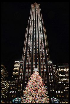 New York City - Rockefeller Center Christmas Tree - USA this will happen one year.)