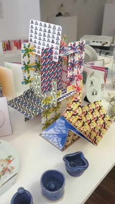 End Of Year, College, Gift Wrapping, Gifts, Gift Wrapping Paper, University, Presents, Wrapping Gifts, Favors