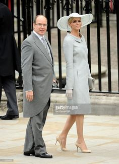 Prince Albert II of Monaco and Charlene Wittstock arrive to attend the Royal Wedding of Prince William to Catherine Middleton at Westminster Abbey on April 2011 in London, England. The marriage. Get premium, high resolution news photos at Getty Images Princesa Charlene, Prince Albert Of Monaco, Witt, Monaco Royal Family, Fancy Hats, Vogue, Royal Weddings, Royal Fashion, Nice Dresses