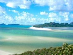 World's Best Beaches - Whitehaven Beach, Airlie Beach, Australia. Airlie Beach, Oh The Places You'll Go, Places To Travel, Places To Visit, Most Beautiful Beaches, Beautiful Places, Amazing Places, Wonderful Places, Barcelona