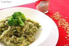 Calorie per porzione: 450 calorie Carboidrati: 57,7 Proteine: 16,1Grassi: 11,7 Che buono questo risotto! Non pensavo che un risotto con i broccoli potesse essere così gustoso e profumato.