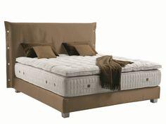 tête de lit originale en tissu Trench par Treca Interiors