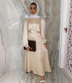 Elegant Hijab Party Dresses Ideas - Need Some Long Sleeve Party Dresses With Hijab Outfit Ideas, Then You've Come To The Right Place - image:@shaylaxbegum - Long Sleeve Party Dresses- Bridesmaid Dresses - Simple Party Dresses With Hijab - Party Dresses Hijab Style - Classy Party Dresses With Hijab Fashion - Garden Party Dress - Hijab Dress Party -Hijab Prom Dress #hijabfashion #hijaboutfit #hijabfashioninspiration #hijabdressparty #dubaifashion #kaftan #pakistanifashion
