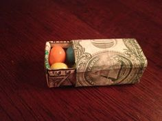Creative ways to give paper money. (: