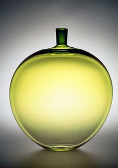 Ingeborg Lundin's iconic Apple for Orrefors 1957 - Art Curator & Art Adviser. I am targeting the most exceptional art! Catalog @ http://www.BusaccaGallery.com