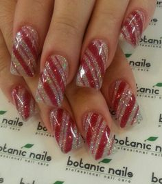 Nice alternative to red and white. The silver glitter has a more subtle effect.