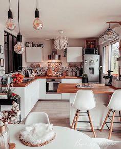 Kitchen Interior, Kitchen Decor, Kitchen Modern, Küchen Design, House Design, Decorating Your Home, Interior Decorating, Interior Design, Bohemian Kitchen