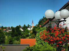 Postojna, Slovenia, Nikon Coolpix L310, 18.6mm, 1/200s, ISO80, f/12.6,-0.7ev, HDR photography, 201707161040