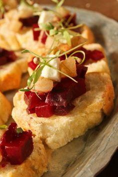 Beetroot & Feta Cheese Bruschetta - Dig in!! #passaround #tasting_menu