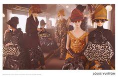 valentino advertising train - Buscar con Google