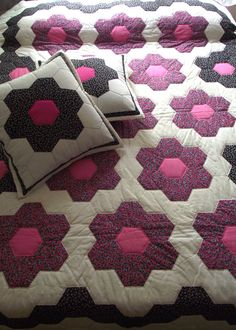 FREE SHIPPING Honeycomb Queen Quilt Patchwork Bed by duduhandmade