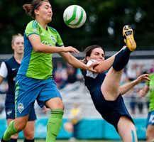 http://www.calciodonne.it/it/calcio-estero/12437-esordio-vincente-per-guagni-nella-campionato-semi-professionistico-americano