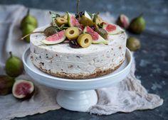 Koristele suolainen kakku yhtä näyttävästi kuin makeakin.